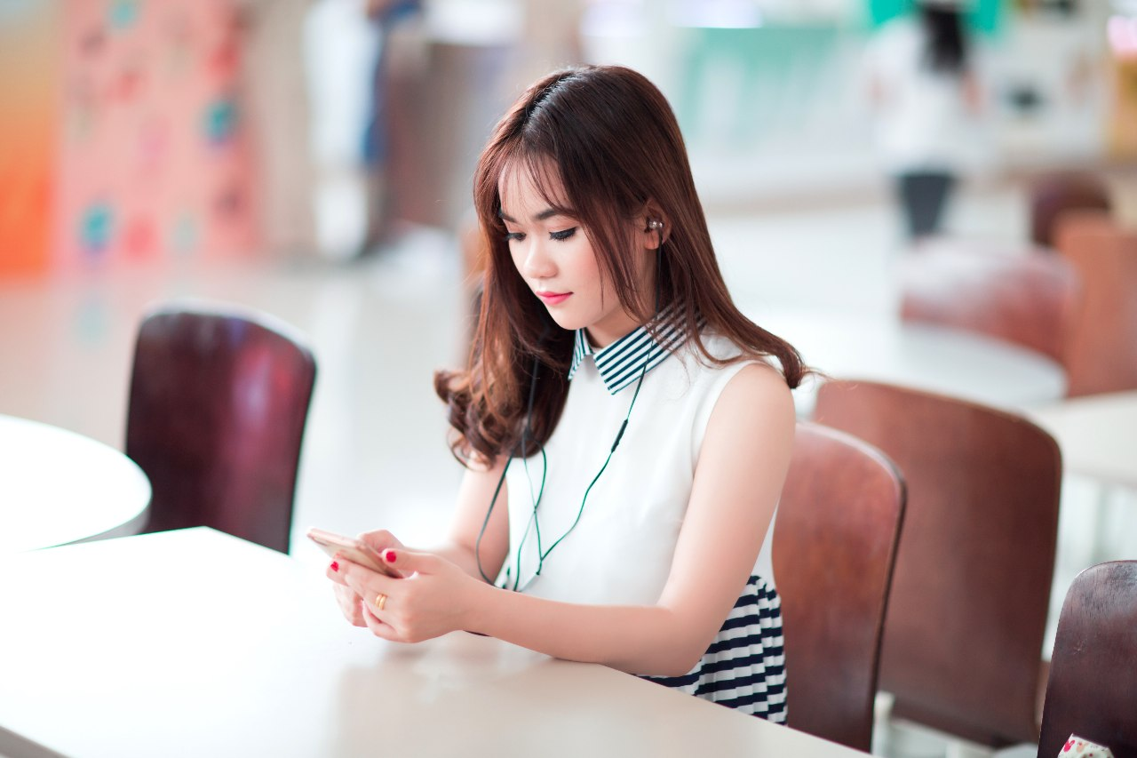Beautiful Vietnamese Females For Marriage! Start Dating Post Thumbnail